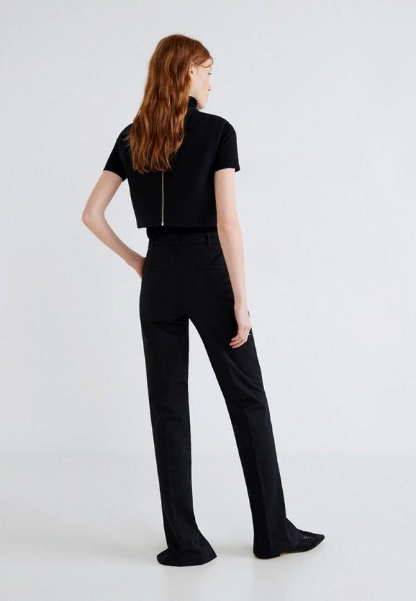 Фото 3 - Женские брюки Mango черного цвета