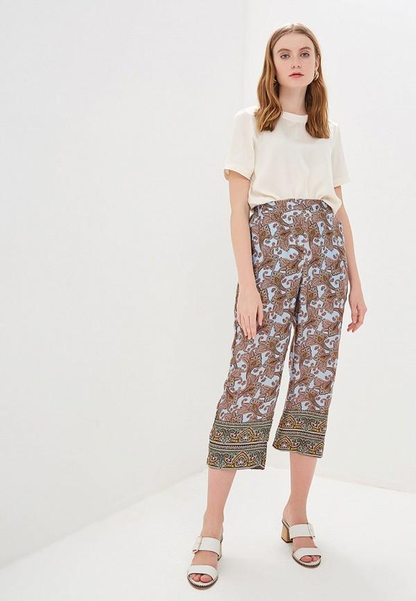 Фото 2 - женские брюки Mango голубого цвета
