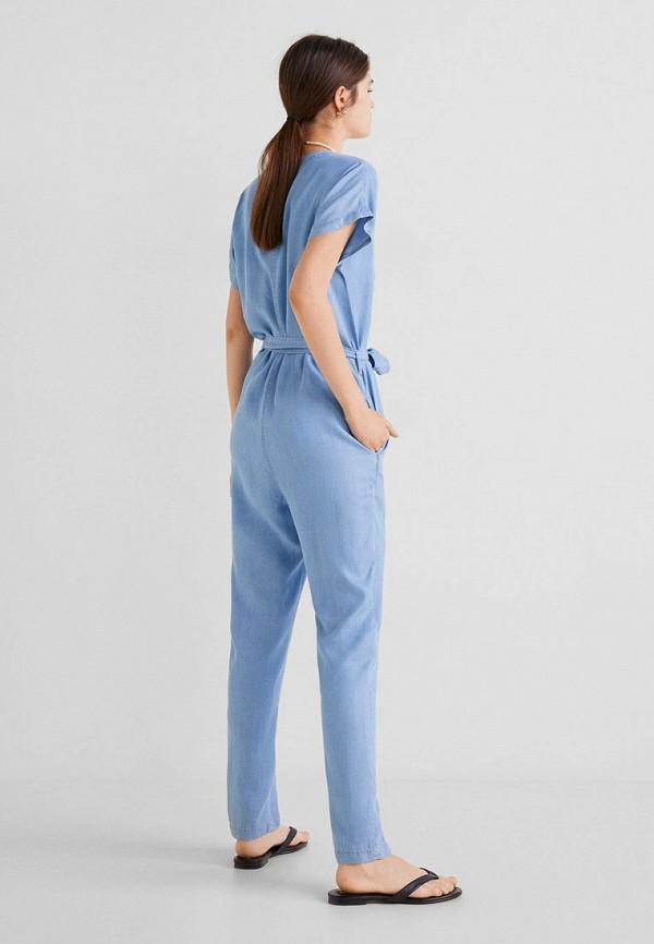 Фото 3 - Комбинезон джинсовый Mango голубого цвета