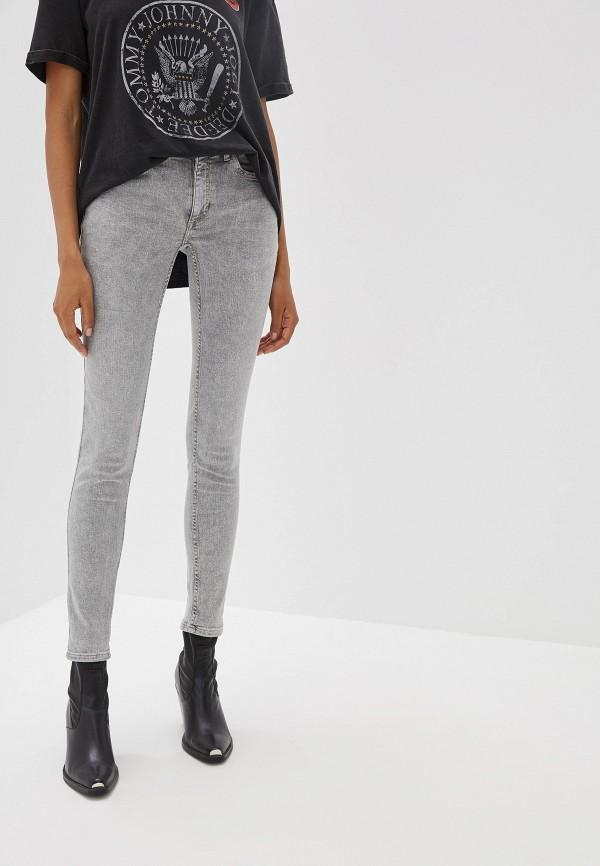 Купить женские джинсы Mango серого цвета