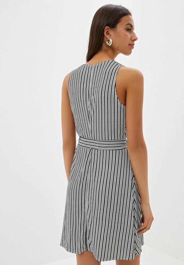 Фото 3 - женское платье Mango белого цвета
