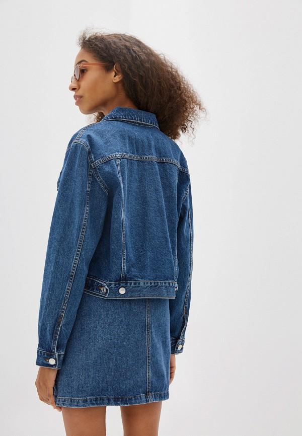 Фото 3 - Куртку джинсовая Mango синего цвета