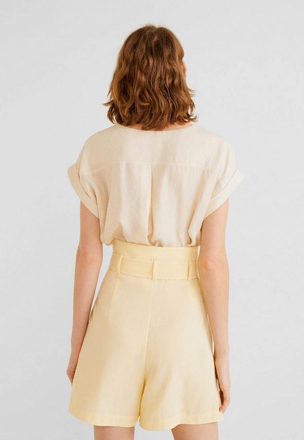 Фото 3 - женскую блузку Mango бежевого цвета