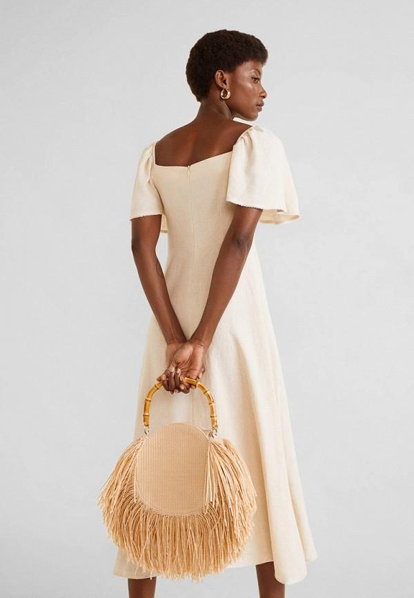 Фото 3 - женское платье Mango бежевого цвета
