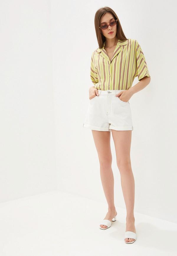Фото 2 - Шорты джинсовые Mango белого цвета