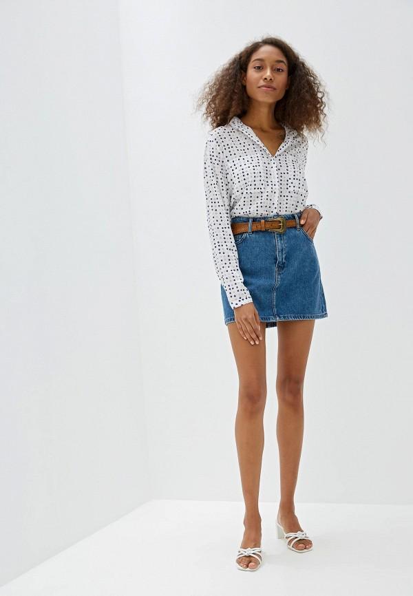Фото 2 - Юбку джинсовая Mango голубого цвета