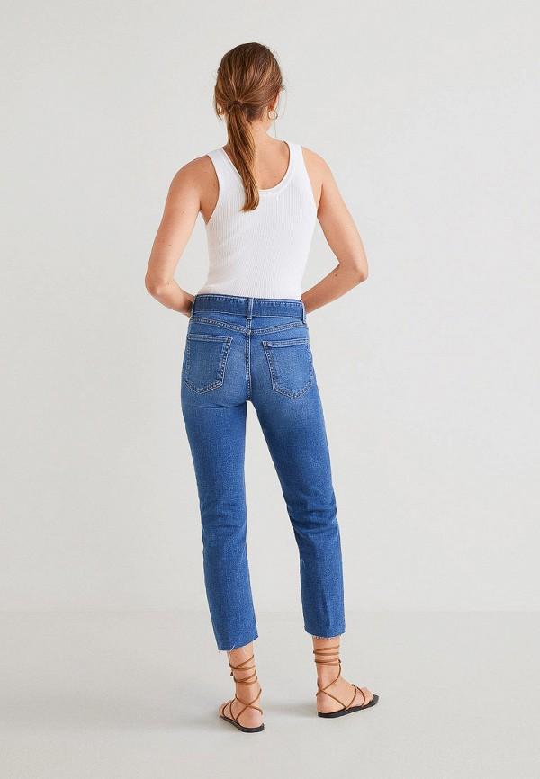 Фото 3 - женские джинсы Mango синего цвета