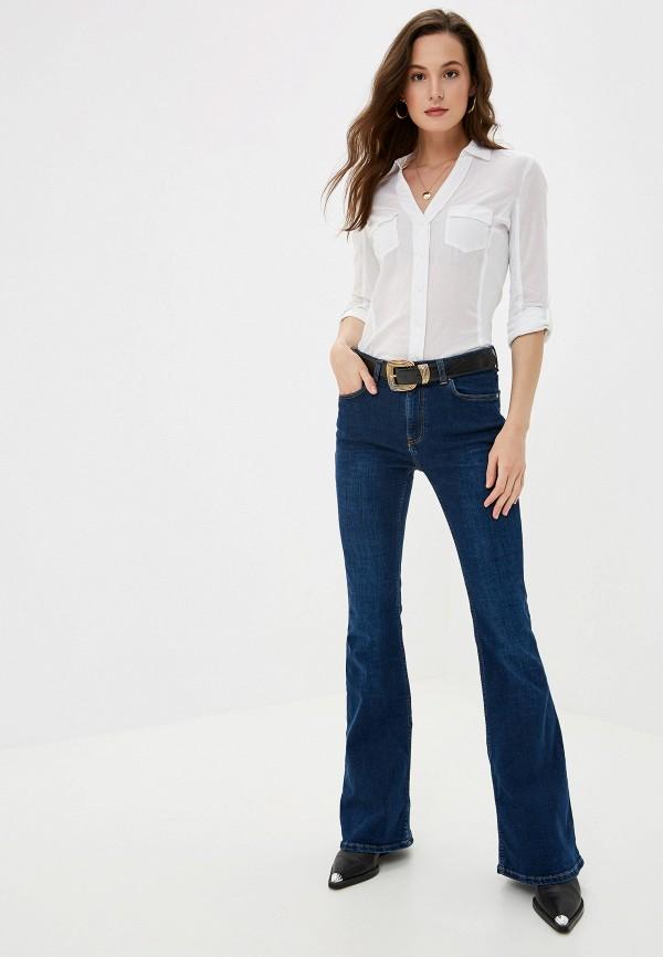 Фото 2 - Женскую рубашку Mango белого цвета