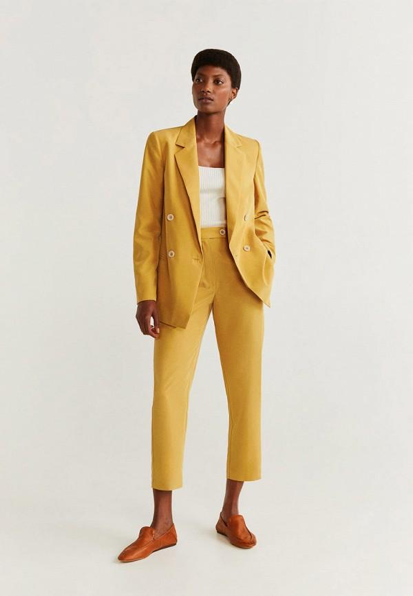 Фото 2 - женские брюки Mango желтого цвета