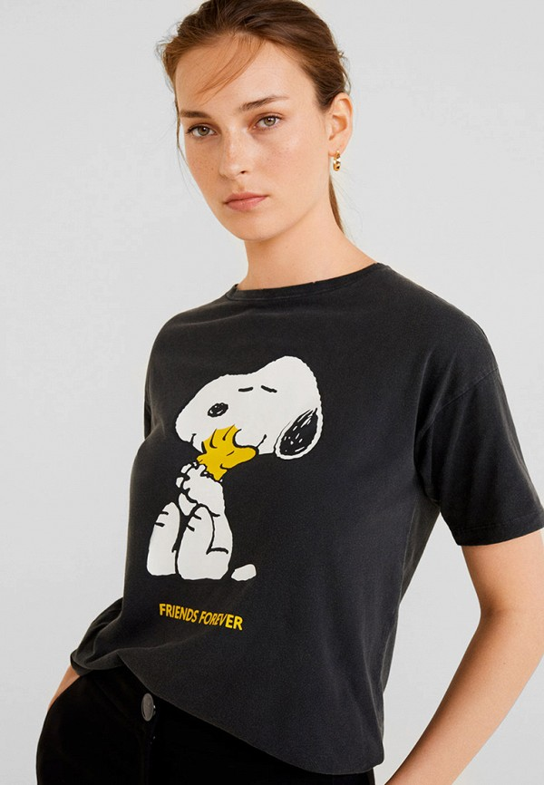 Фото - женскую футболку Mango серого цвета