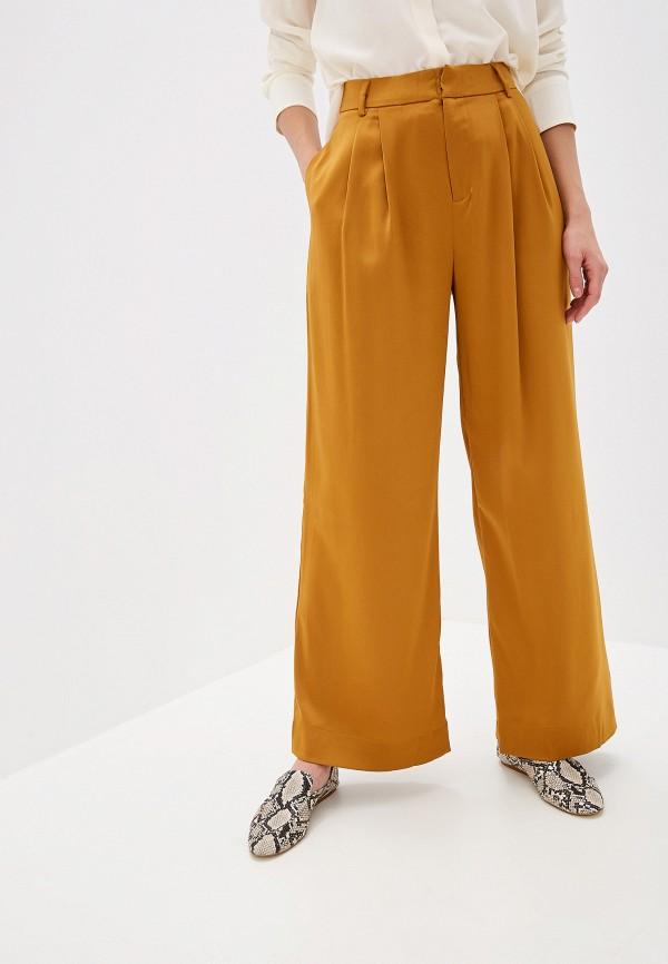 Фото - женские брюки Mango коричневого цвета