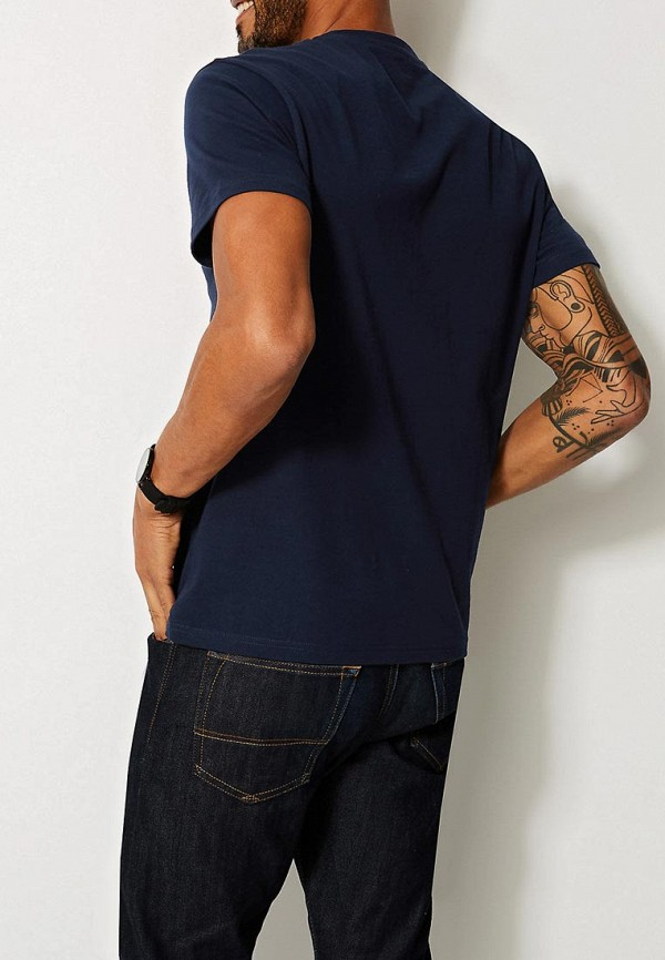 Фото 2 - Футболку Marks & Spencer синего цвета