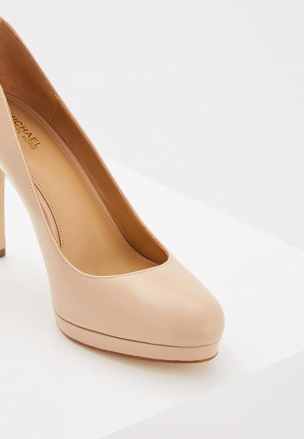 Фото 3 - женские туфли Michael Michael Kors бежевого цвета
