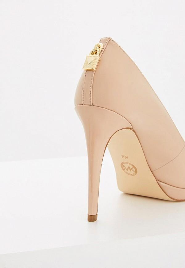 Фото 4 - женские туфли Michael Michael Kors бежевого цвета