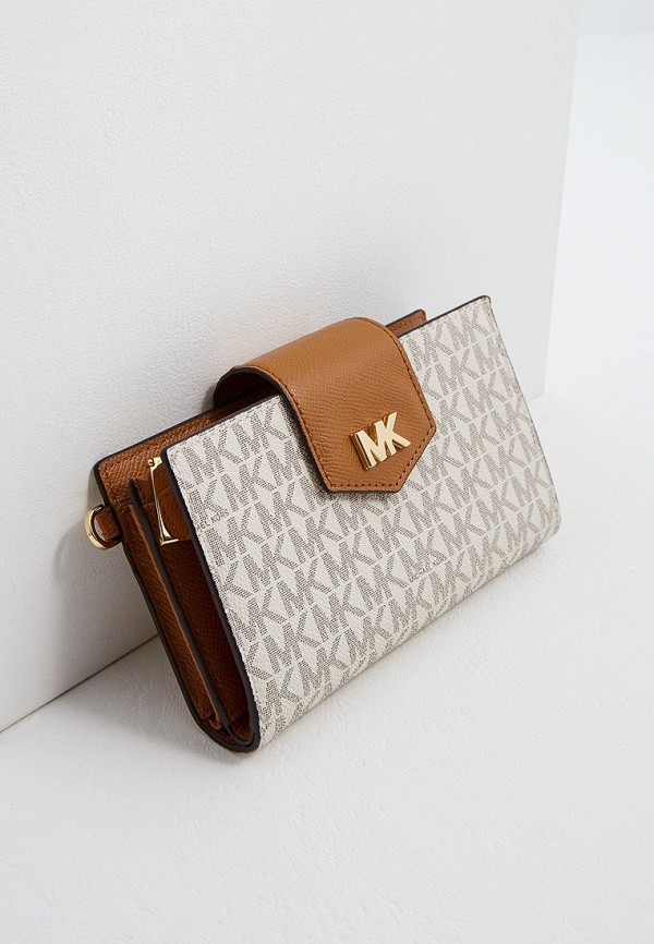 Фото 3 - женский кошелек или портмоне Michael Michael Kors бежевого цвета
