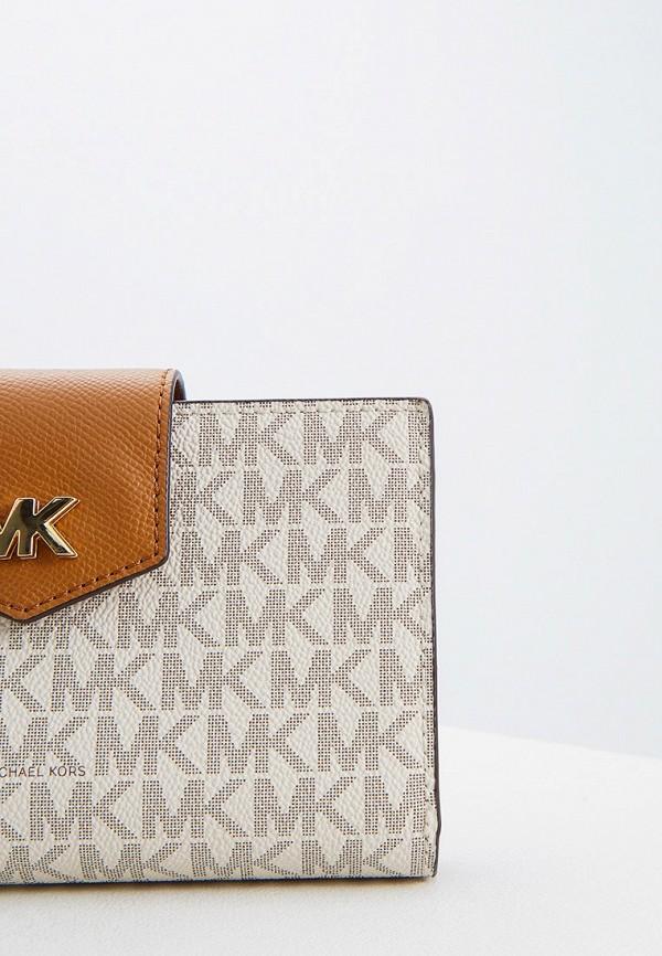 Фото 4 - женский кошелек или портмоне Michael Michael Kors бежевого цвета