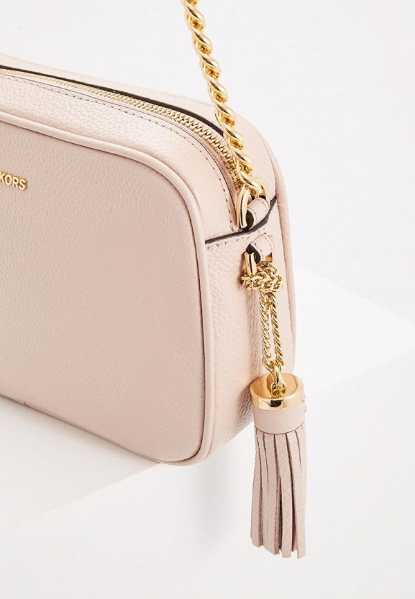 Фото 2 - женскую сумку Michael Michael Kors розового цвета