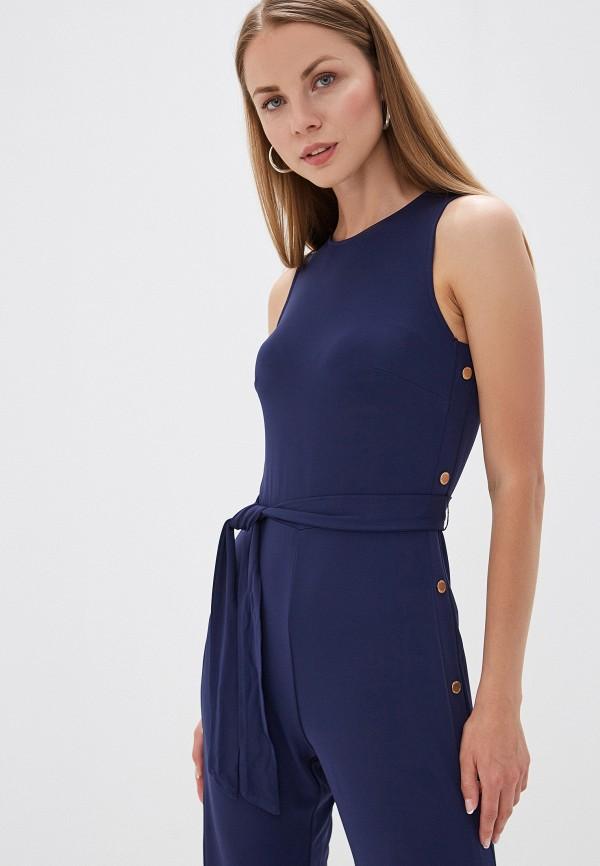 Фото 2 - женский комбинезон Michael Michael Kors синего цвета