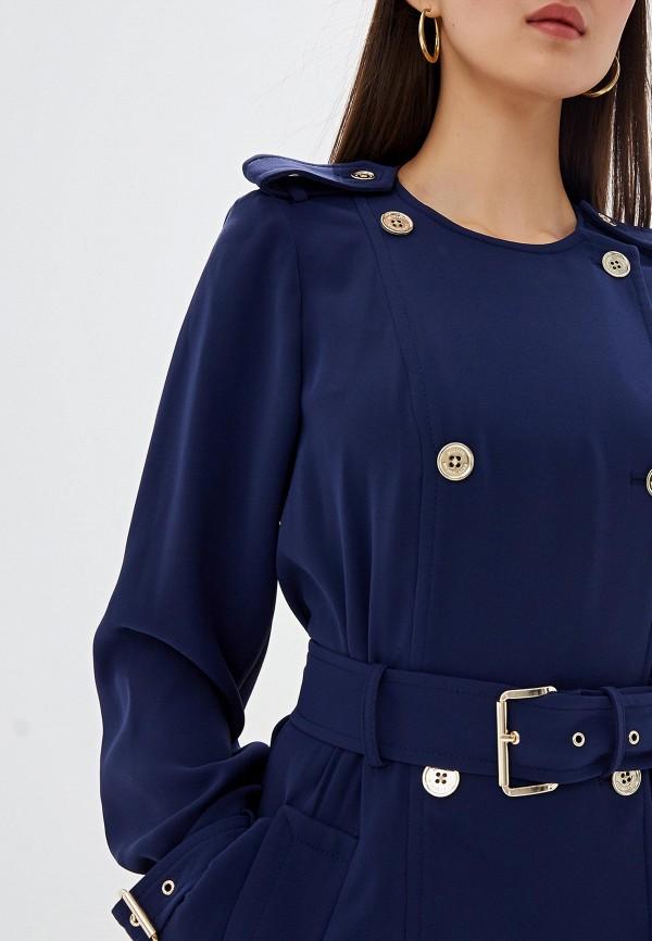 Фото 4 - женское пальто или плащ Michael Michael Kors синего цвета