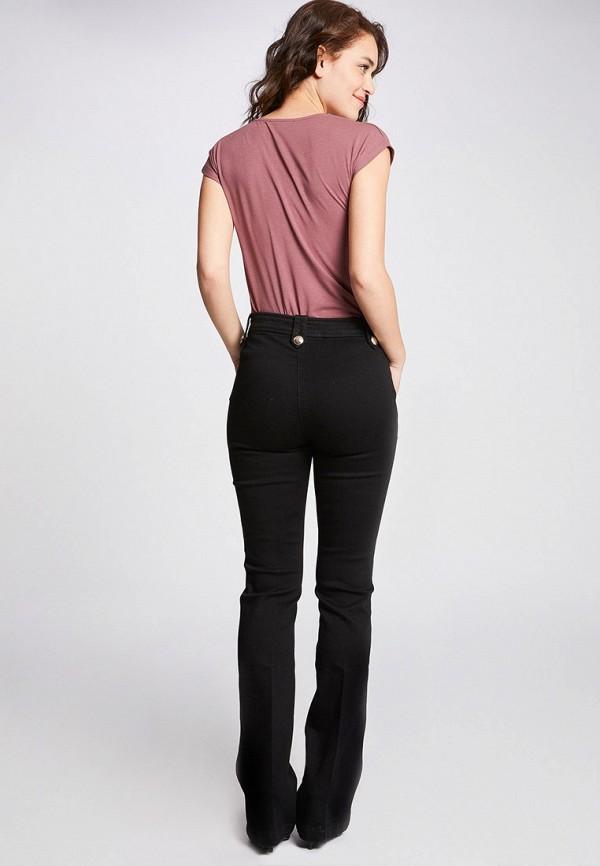 Фото 3 - женскую футболку Morgan розового цвета