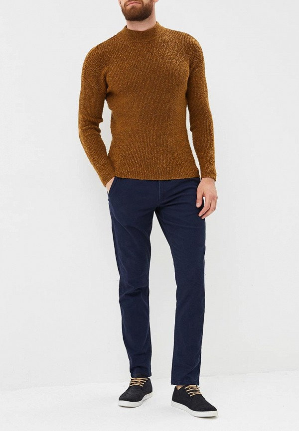Фото 2 - мужские брюки Modis синего цвета