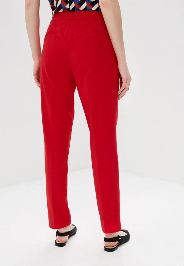 Фото 3 - женские брюки Modis красного цвета