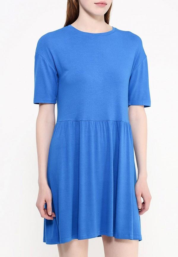 Фото 3 - женское платье Modis голубого цвета