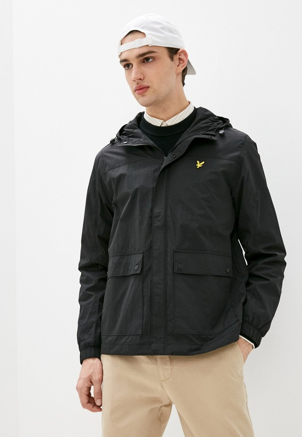 Легкие куртки и ветровки