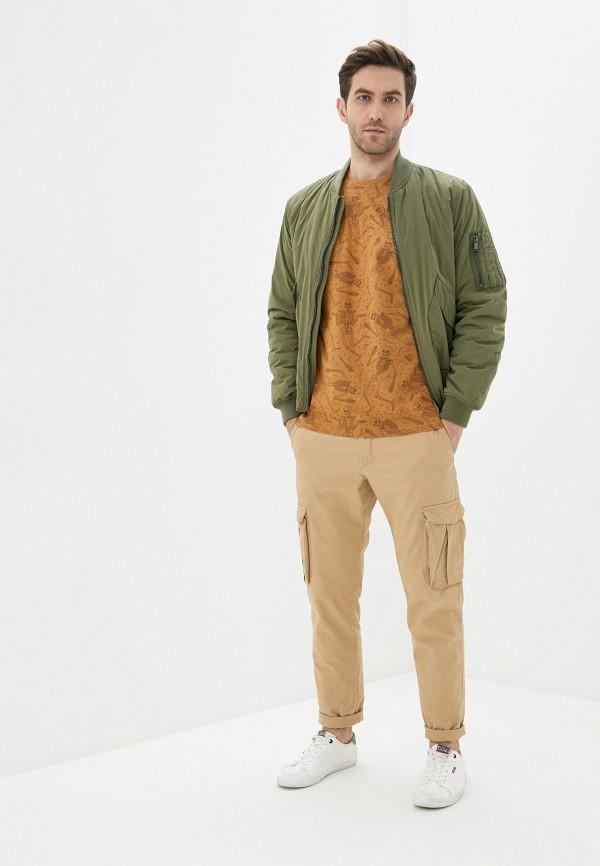 Фото 2 - Мужскую футболку Befree коричневого цвета