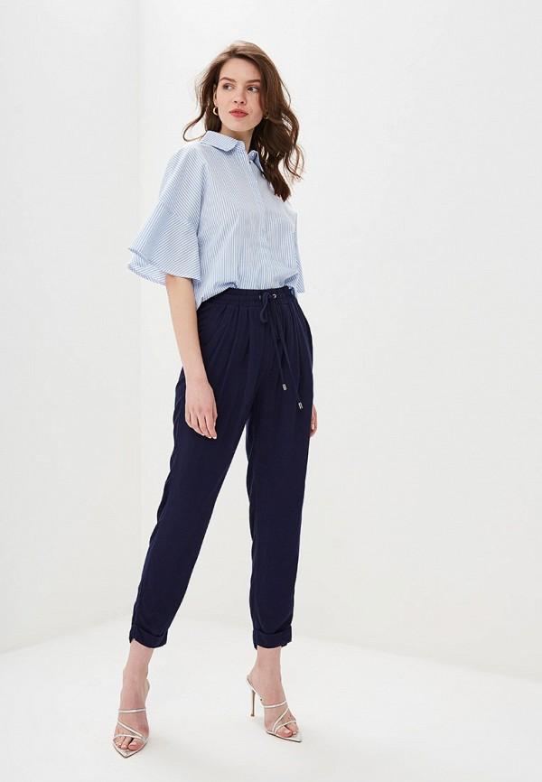 Фото 2 - Женскую рубашку Valkiria голубого цвета