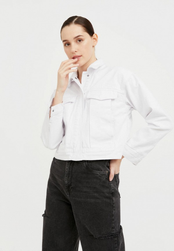 Куртка джинсовая Finn Flare белого цвета