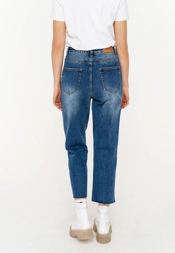 Фото 3 - Женские джинсы Befree синего цвета