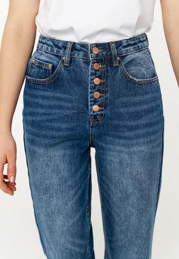 Фото 4 - Женские джинсы Befree синего цвета