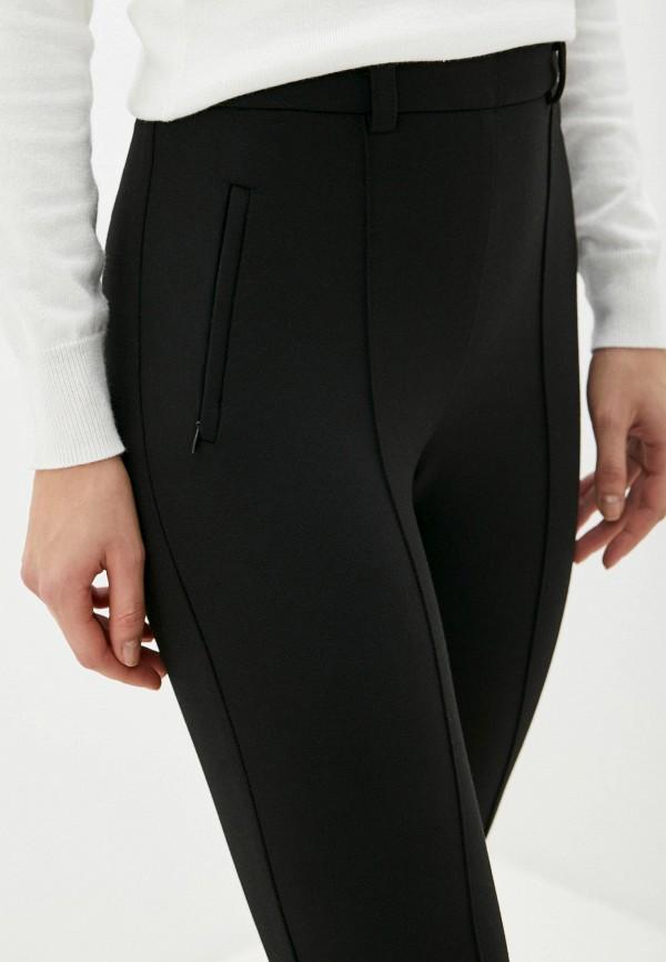 Фото 4 - Женские брюки Arianna Afari черного цвета