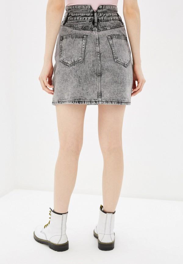 Фото 3 - Юбку джинсовая Befree серого цвета