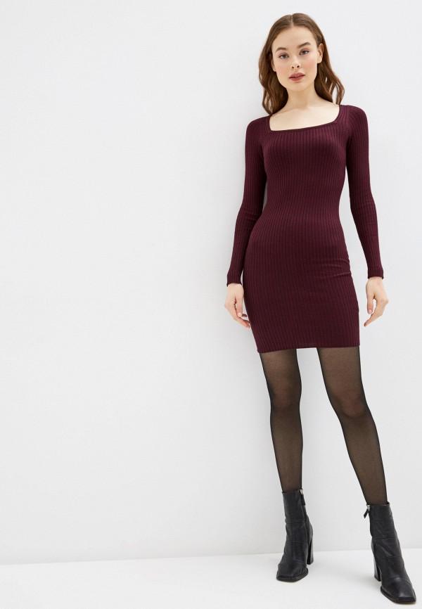 Фото 2 - Женское вязаное платье Befree бордового цвета