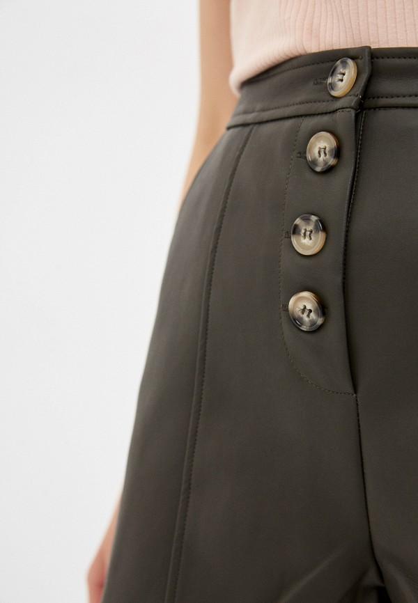 Фото 4 - Женские шорты Befree цвета хаки