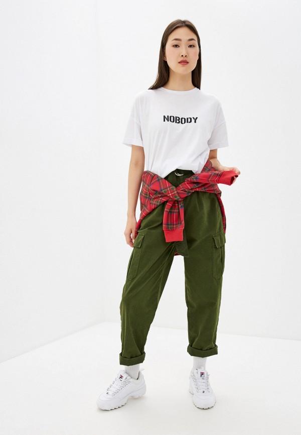 Фото 2 - Женскую футболку Befree белого цвета