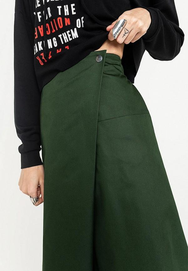 Фото 4 - Женскую юбку Befree зеленого цвета