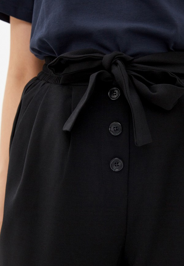 Фото 4 - Женские брюки Befree черного цвета