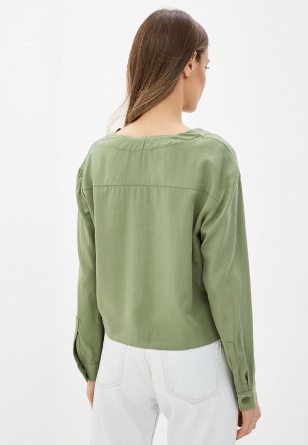 Фото 3 - Женскую блузку Befree зеленого цвета