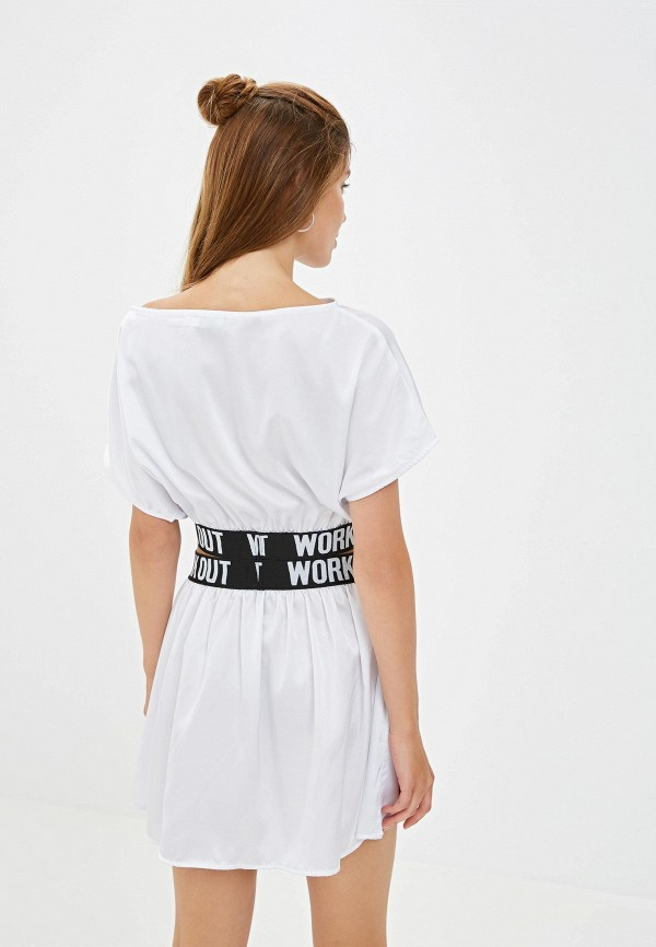 Фото 3 - Женский костюм Malaeva белого цвета