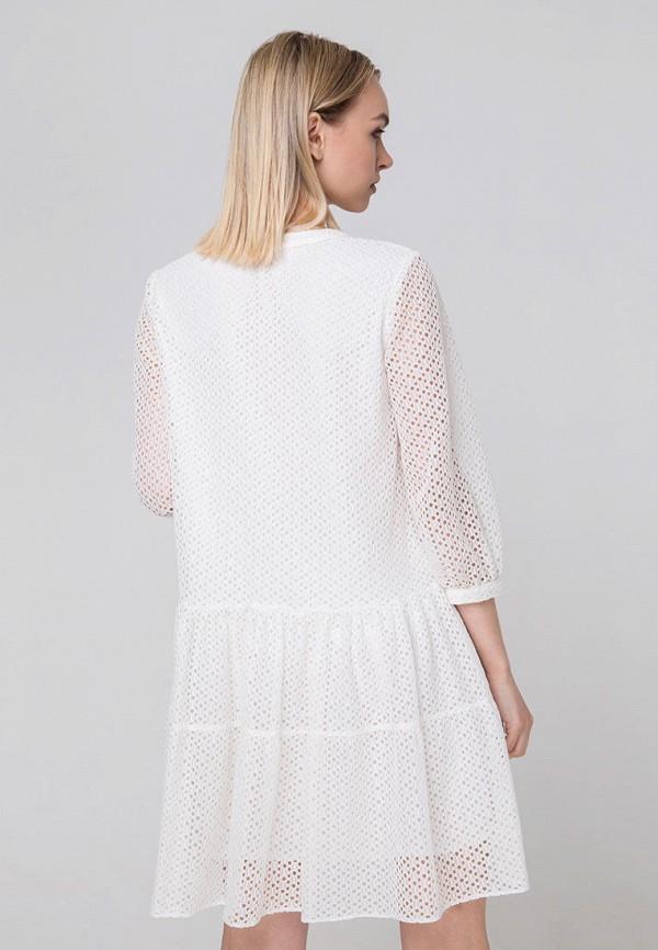Фото 3 - Женское платье Fors белого цвета