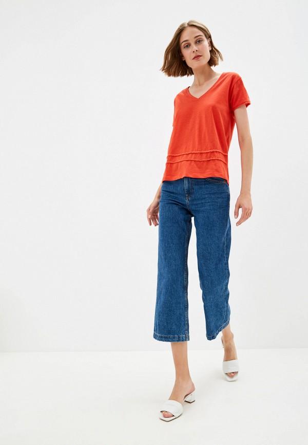 Фото 2 - Женскую футболку Top Secret красного цвета