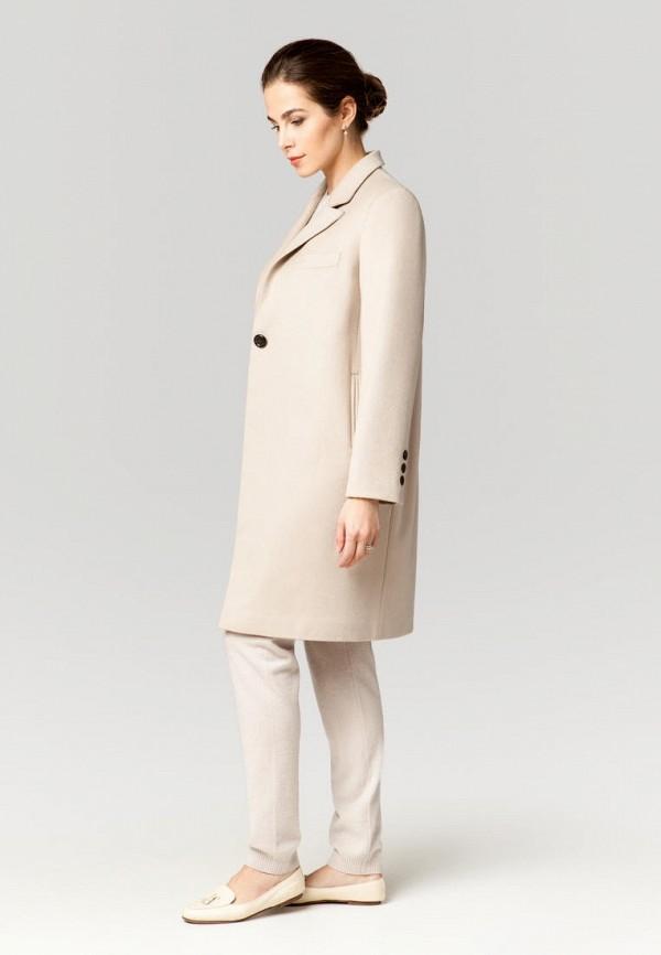 Фото 2 - Женское пальто или плащ Ummami бежевого цвета