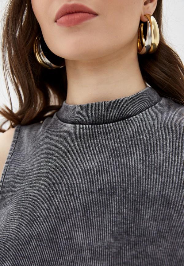 Фото 4 - Женский топ Befree серого цвета