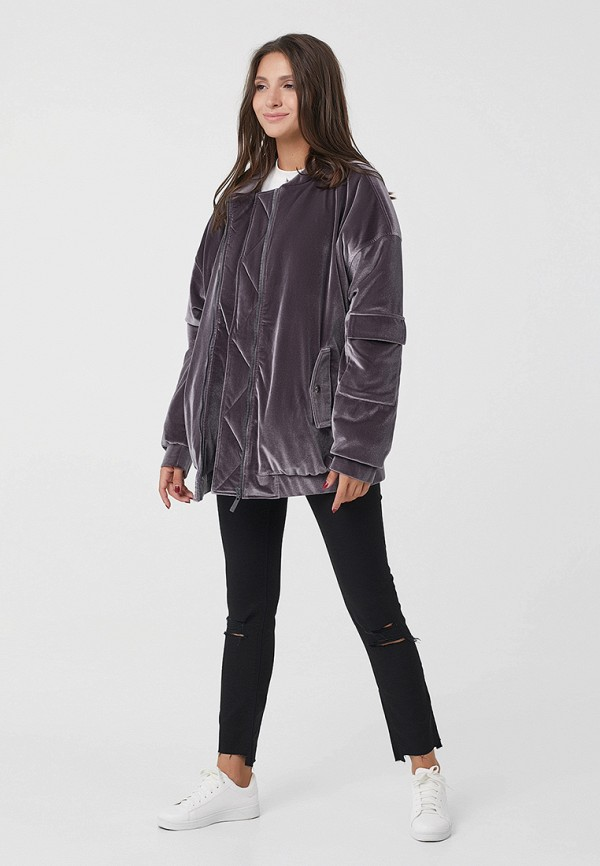 Фото 2 - Куртку утепленная Fly серого цвета