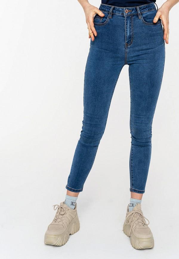 Фото - Женские джинсы Befree синего цвета