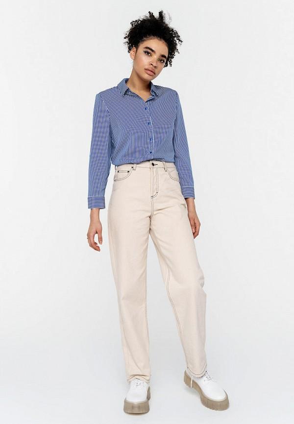Фото 2 - Женскую рубашку Befree синего цвета