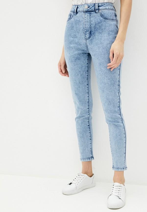 Фото - Женские джинсы Befree голубого цвета